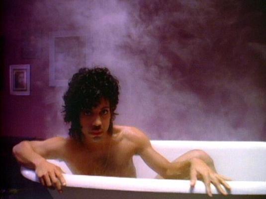 bathtubvideosprincewhendovescry3
